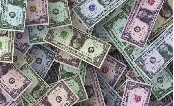海外FXの入出金方法の特徴